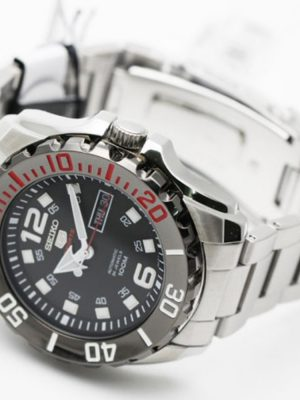 Seiko | Seiko 5 Sports Black & Red SS (Gents)