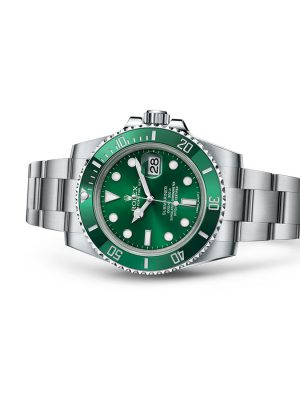 ROLEX OYSTER PERPETUAL SUBMARINER DATE (116610LV) 2